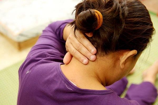 Trước khi biết tới nhà thuốc Đỗ Minh Đường, bệnh nhân phải chịu cảnh sống chung với bệnh thoát vị đĩa đệm (Ảnh minh họa)