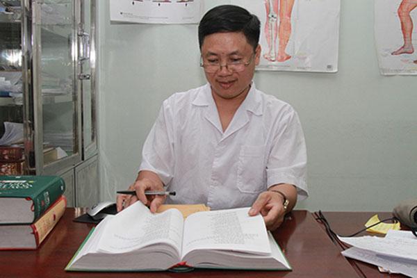 Lương yPhùng Hải Đăng đánh giá cao nhà thuốc Đỗ Minh ĐườngLương yPhùng Hải Đăng đánh giá cao nhà thuốc Đỗ Minh Đường