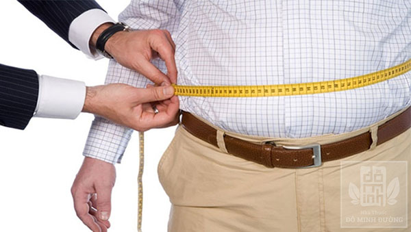 Bị thoát vị đĩa đệm cột sống thắt lưng do thân hình quá khổ