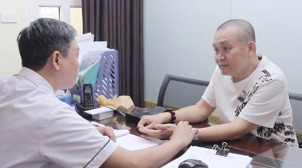 Nghệ sĩ Xuân Hinh khám, chữa bệnh tại nhà thuốc Đỗ Minh Đường